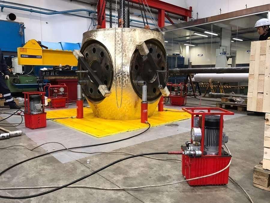 cilindri idraulici ritorno a molla
