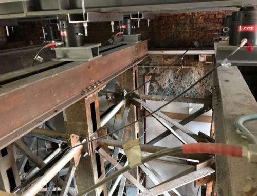 Sollevamento e manutenzione di un ponte ferroviario