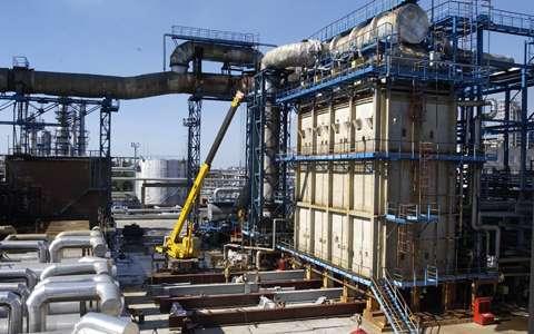 lifting_jacks_refinery