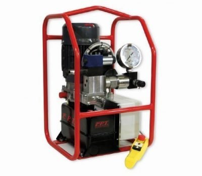 Electric pump for hydraulic bolt tensioners