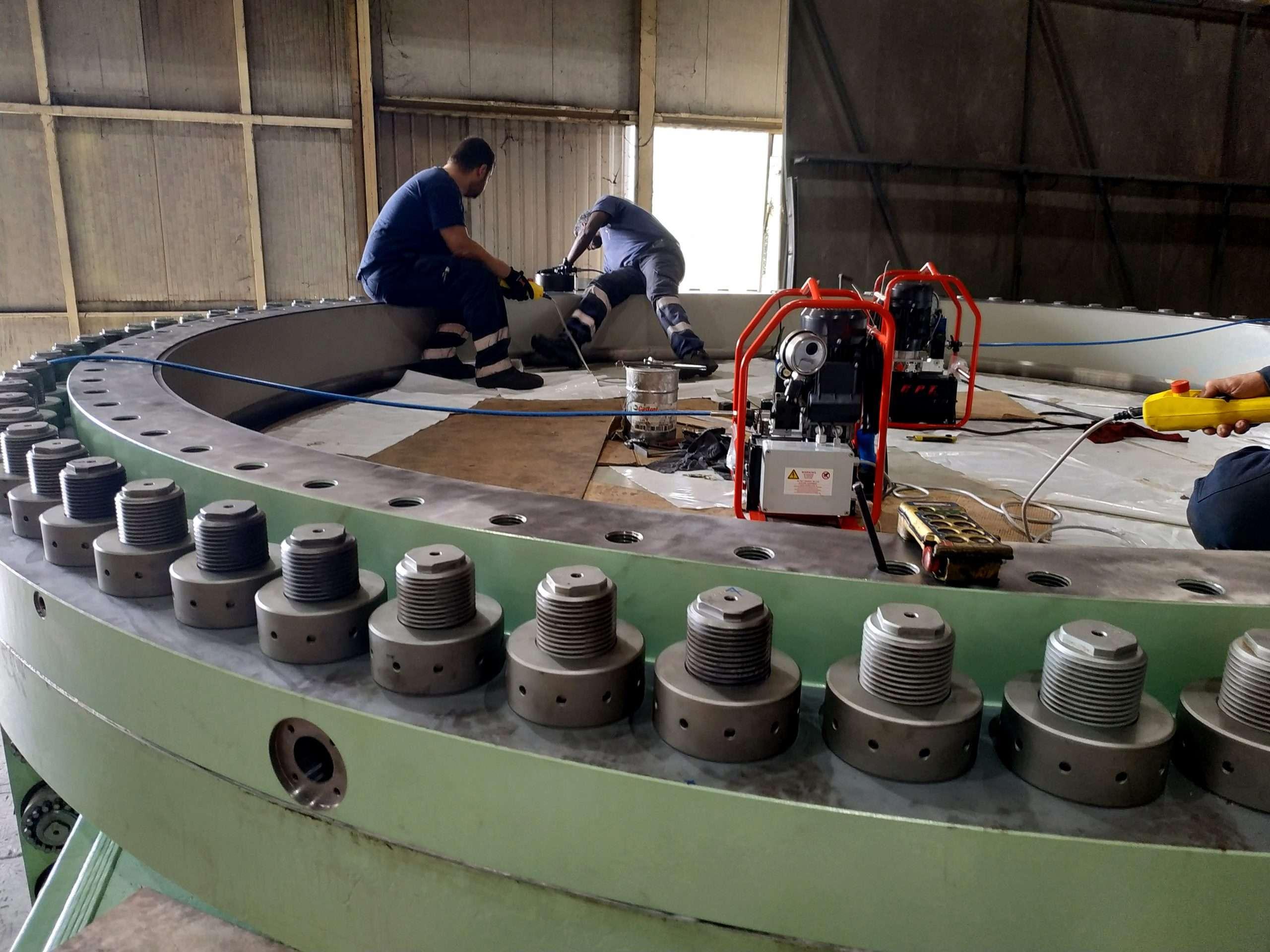 tensionatore idraulico