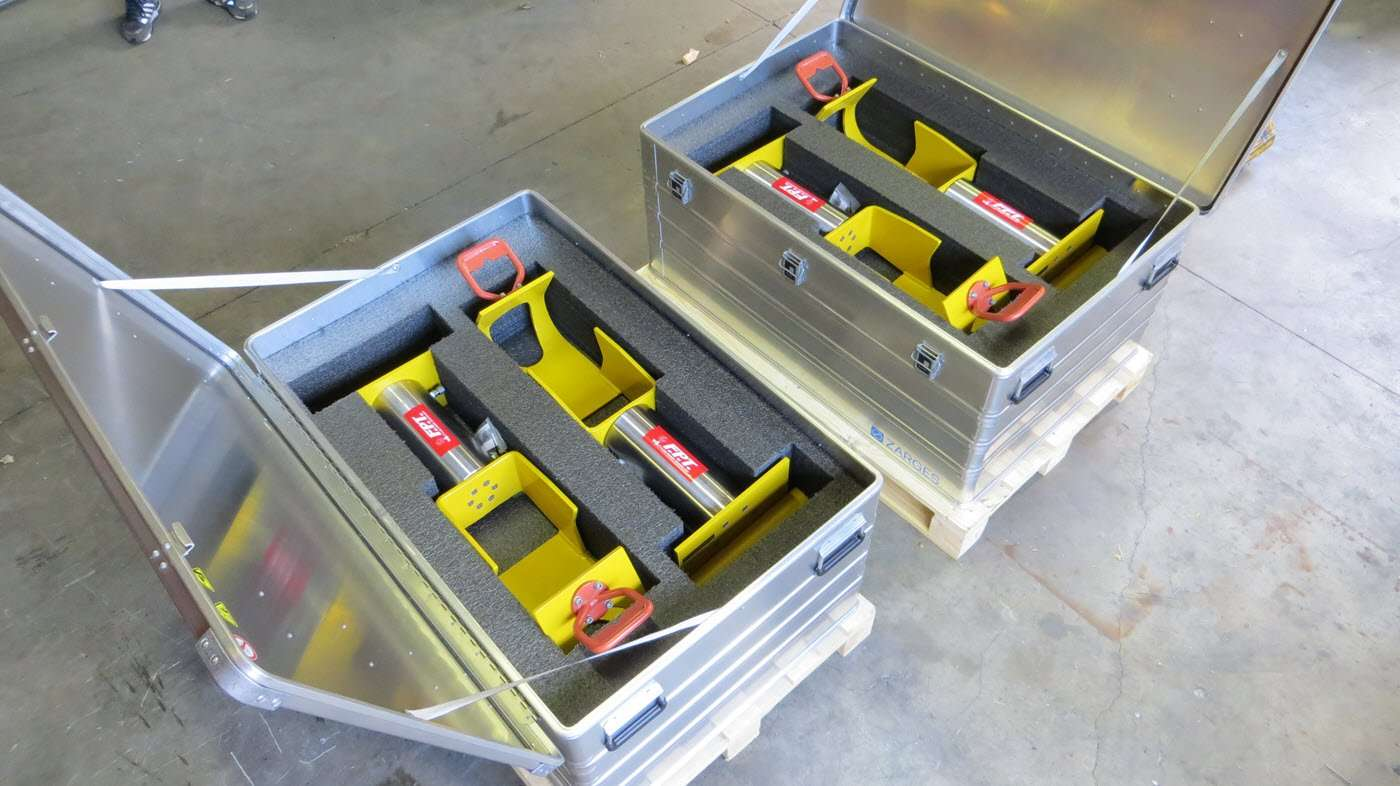 subsea hydraulic cylinders
